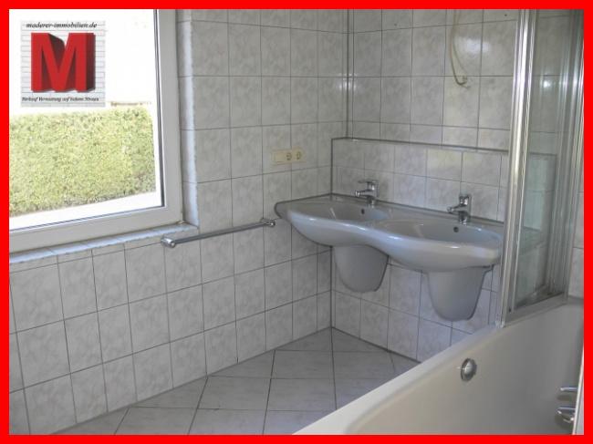 Badezimmer der 3 Zimmerwohnung in Nürnberg Worzeldorf WMS2501 ...