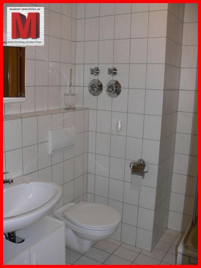 badezimmer pic1 der kapitalanlage in nuernberg gleishammer. Black Bedroom Furniture Sets. Home Design Ideas