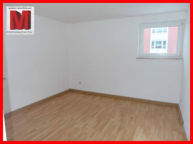 Schlafzimmer pic1 der wohnung zum mieten in hof js411re for Wohnung zum mieten