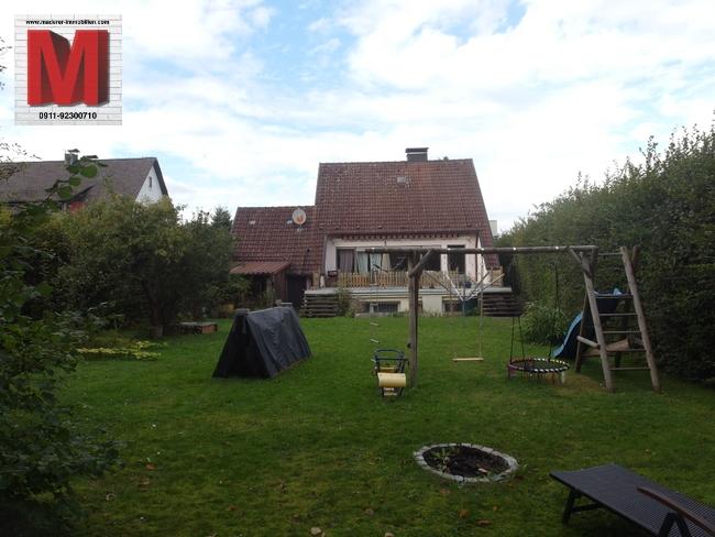 einfamilienhaus in altdorf bei nuernberg garten pic2. Black Bedroom Furniture Sets. Home Design Ideas