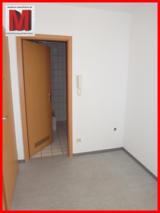 dieleflur der 1 zimmerwohnung in nuernberg pic1 we13. Black Bedroom Furniture Sets. Home Design Ideas
