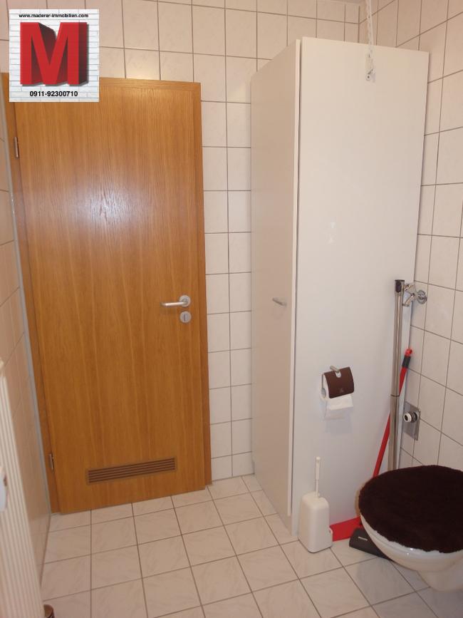 badezimmer pic2 der 1 zimmerwohnung in 90461 nuernberg. Black Bedroom Furniture Sets. Home Design Ideas