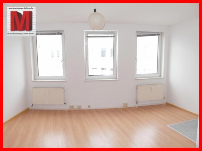 ruhige 1 zimmerwohnung mieten n rnberg maderer immobilien. Black Bedroom Furniture Sets. Home Design Ideas